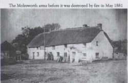 04-Molesworth Arms before fire.jpg